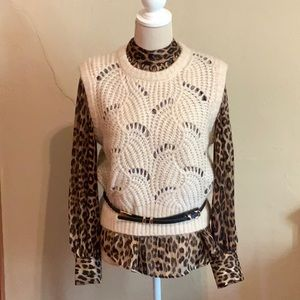 SOAKED IN LUXURY Lace sweater vest Size Medium